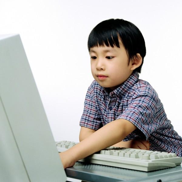 每個人在小時候都曾填寫過「我的志願」,講出自己未來希望成為的人以及職業。(情境照,非當事人)