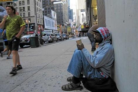 美國貧富差距越來越大,黑人竟要花上228年才能達到跟現在白人相同的經濟狀況。(圖擷自《世界報》)