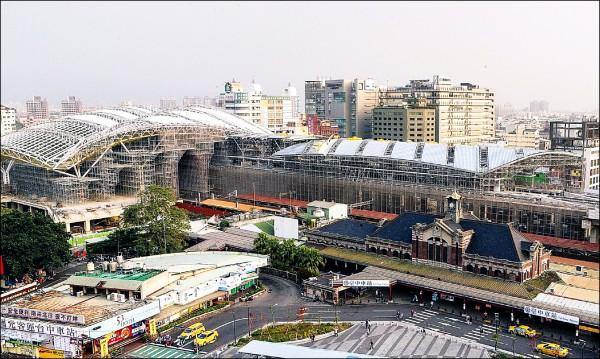 台中鐵路高架化完工後,舊站將保留,並開闢站前廣場。(台中市政府提供)