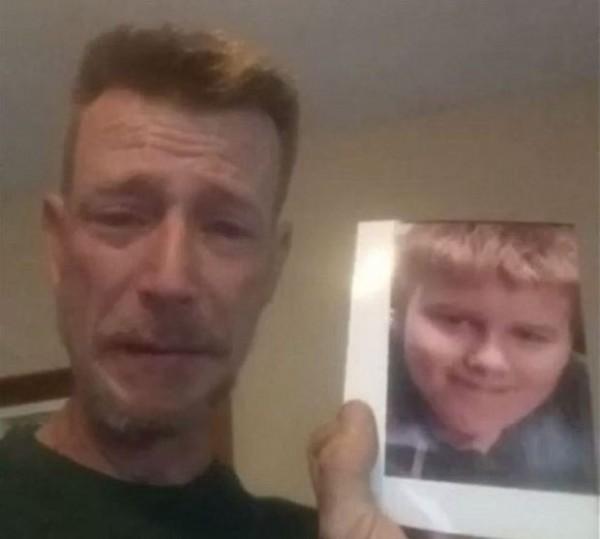 13歲丹尼爾不堪霸凌選擇自殺,父親在臉書直播淚訴兒子的遭遇,並向霸凌者的父母喊話。(圖擷自Daniel Fitzpatrick臉書影片)