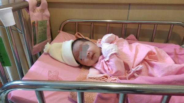 女嬰遭棄醫院,屏縣府協尋親人。(圖由屏東縣政府提供)