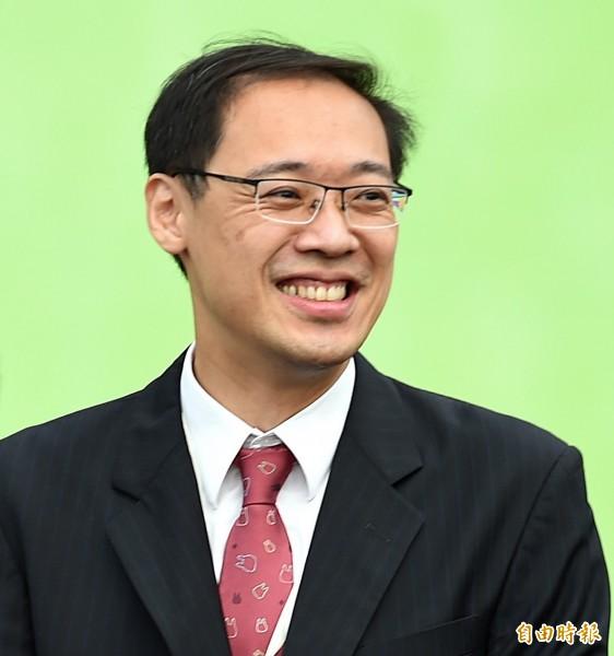 前國民黨發言人楊偉中即將出任行政院不當黨產處理委員會委員,楊偉中昨表示,黨產問題應該跳脫藍、綠立場。(資料照)