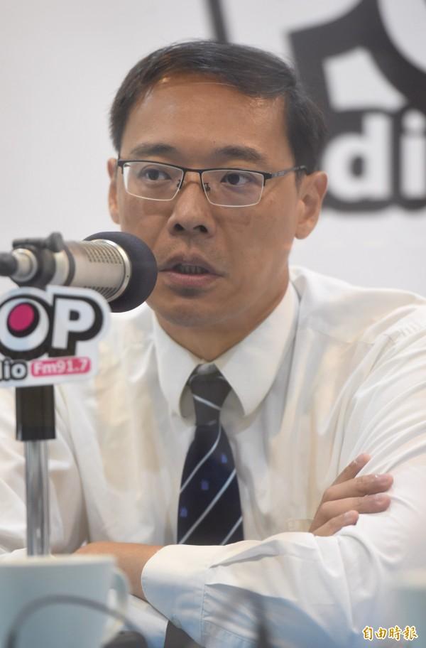 楊偉中表示,接任不當黨產處理委員會委員,自覺最對不起的就是妻子陳以真。(資料照,記者簡榮豐攝)