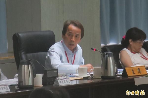 都委會主席林欽榮不滿陳良治質疑社子島細部計畫討論像鬼打牆。(記者郭安家攝)