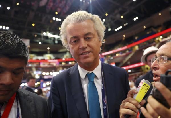 向有「荷蘭川普」之稱的極右翼政黨荷蘭自由黨(PVV)黨魁威爾德斯(Geert Wilders)昨(27)日發表了一項宣言,他表示他們勝選便要推行「去伊斯蘭化」運動。(路透)