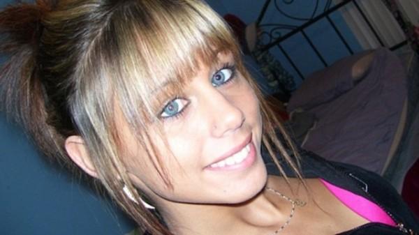 美國一名17歲少女失蹤長達7年時間,FBI多年調查後,認定少女被一對黑人父子姦殺,且丟給鱷魚飽餐一頓以毀屍滅跡。(圖截自每日郵報)