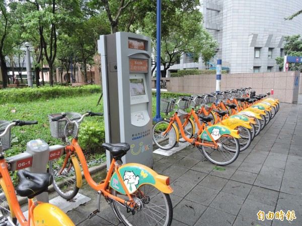 YouBike預計今傍晚5點修復,明、後2天前一小時免費騎乘(資料照,記者賴筱桐攝)