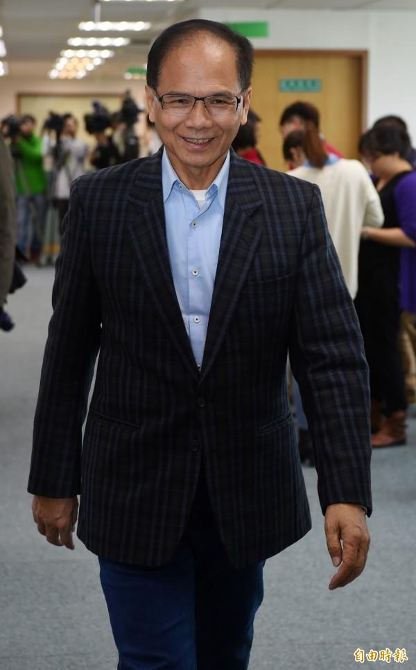 游錫堃認為,民進黨執政的首要任務並不是兩岸關係,而是要拚經濟。(資料照,記者簡榮豐攝)