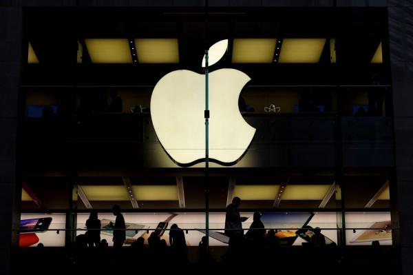 丹麥奧爾堡大學(Aalborg University)佩德森教授(Gert Frølund Pedersen)通過研究指出,iPhone 6S、iPhone 6和iPhone 5SE,是通訊最差的手機。圖為蘋果公司。(歐新社)