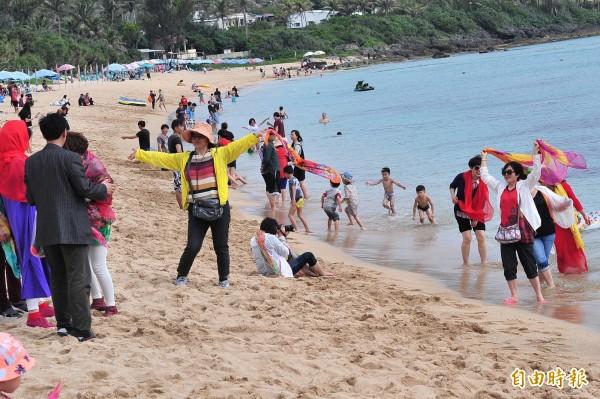 觀光業者將在912發動遊行,內部卻因是否要提及九二共識意見分歧。(資料照,記者蔡宗憲攝)