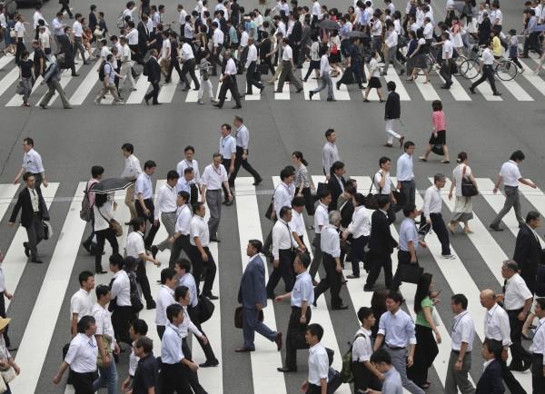 日本財團基金會昨日公開「自殺意象」問卷調查報告,結果顯示,「曾認真考慮自殺」者佔整體受訪者25.4%。(美聯社)