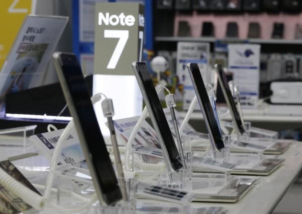 受到爆炸災情停售的Note 7,三星計畫10月初在澳洲恢復的銷售,不過其他地區則還不清楚。(美聯社)