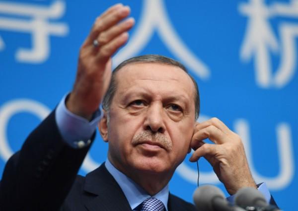 土耳其總統艾多根(Recep Tayyip Erdoğan)下令撤換28名民選市長。(法新社)