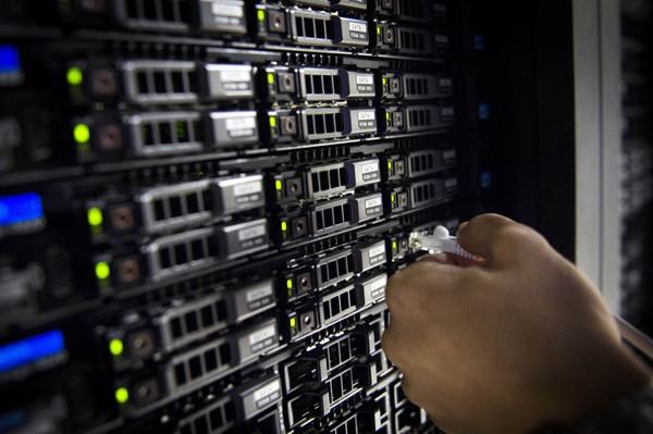 為防止中國等國際駭客網路攻擊,行政院研擬的「資通安全管理法草案」已出爐。(法新社情境照)