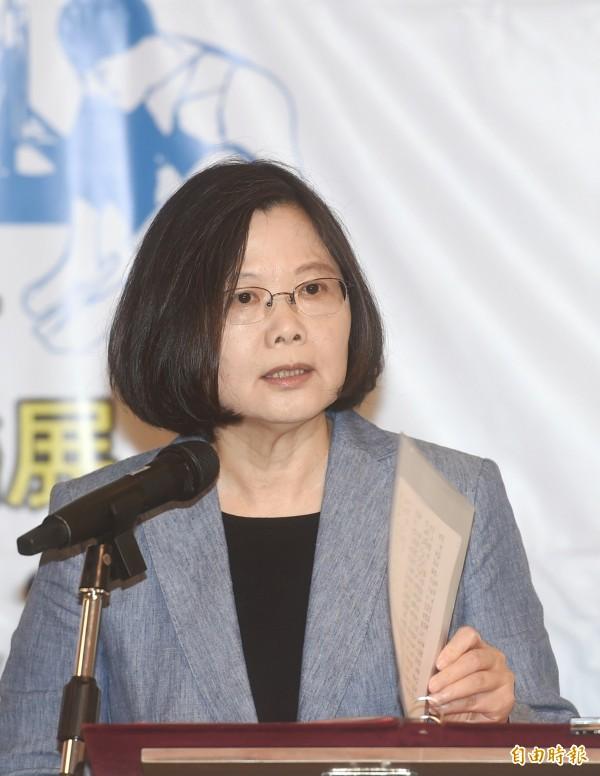 國際民航組織(ICAO)沒發邀請函給台灣,總統蔡英文對此表示強烈的不滿與遺憾,她認為飛航安全是最基礎的人權,不應該被政治因素影響。(記者方賓照攝)
