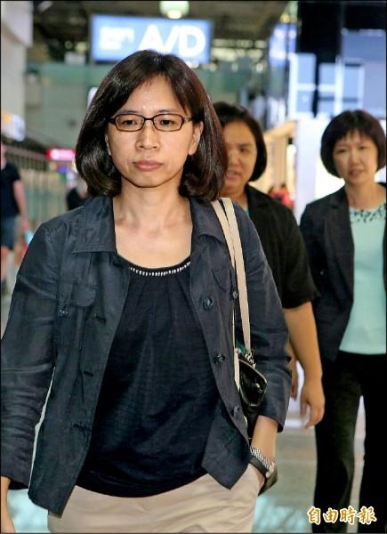 由於中國阻撓,台灣未能受邀參加二十七日起在加拿大蒙特婁舉辦的ICAO年會,不過,民航局副局長何淑萍昨晚仍率隊搭機前往加拿大,盼與友邦在場外交流並舉行雙邊會談。(記者姚介修攝)