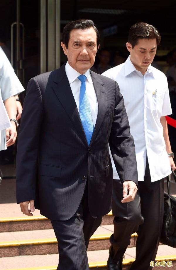 前總統馬英九今日下午在東吳大學的法學講座演講,他談到228事件是段不幸的歷史,但也有正面效應,就是讓縣市長選舉提早推動與普及。(資料照,記者羅沛德攝)