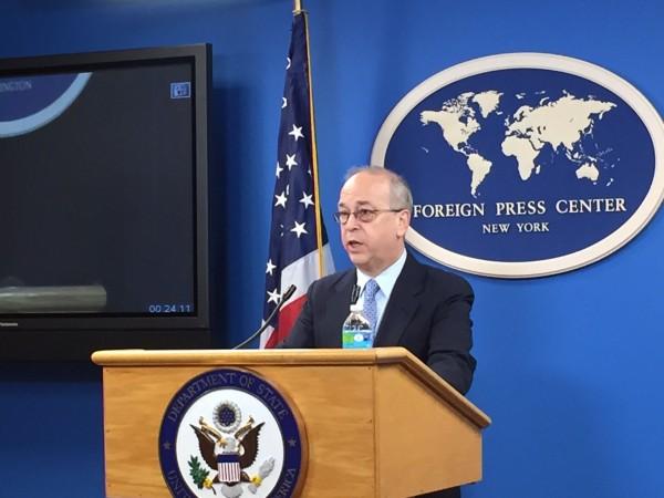 美國國務院亞太助卿羅素在國會接受詢問時表示,台灣是美國極棒的朋友,是東亞非常重要的民主政體,美方看見台灣能參與國際的價值。(中央社)
