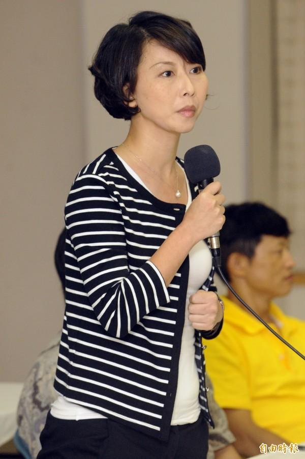 民進黨立委陳亭妃說,有農地受損的的民眾29日起便可以向在地公所申請補助。(資料照,記者陳志曲攝)