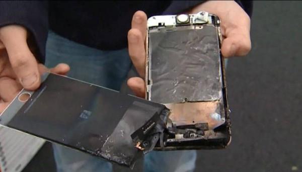 美國男大生的iPhone 6 Plus突然在他褲子口袋起火燃燒。(圖擷自wlox.com)