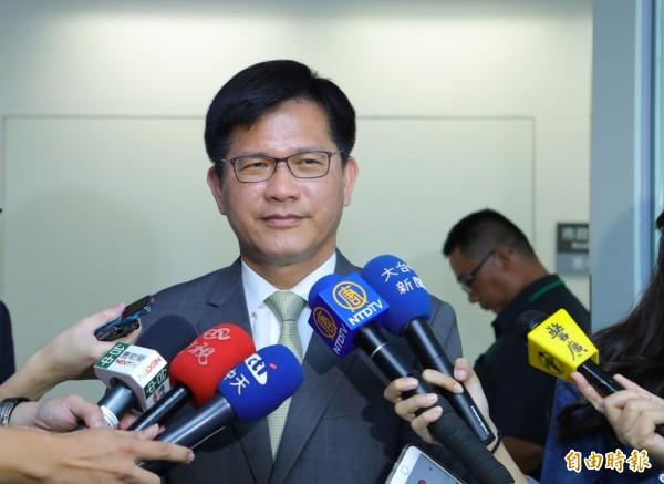 蔡英文召開「執政決策協調會議」,台中市長林佳龍樂觀其成。(記者黃鐘山攝)