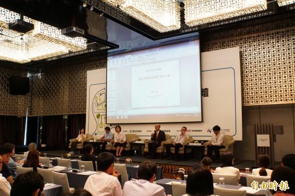 六都齊聚討論參與式預算,與會學者紛紛提出建言。(記者張凱翔攝)