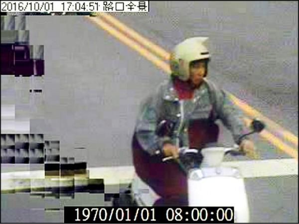 洪姓婦人事發後騎機車從家裡離開,隔天被發現自殺身亡。(記者李忠憲翻攝)