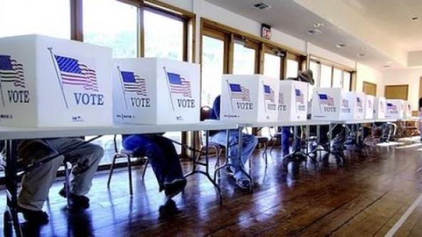 美國民主黨爆出醜聞,一名維吉尼亞州的年輕黨員替19名死人註冊投票。(美聯社)