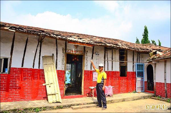 新光社區的竹管屋受損嚴重,將以打工換宿的方式,號召年輕人投入復建。(記者吳俊鋒攝)