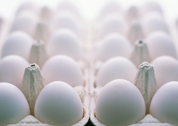 食品藥物管理署公告,將「蛋製品」、「食用醋」和「嬰幼兒食品輸入業者」納入追蹤追溯系統。(情境照)