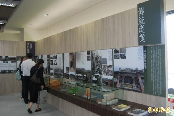 海山學文物展覽館規劃時空沿革、早期開發與族群、傳統產業、城鄉風貌、古蹟與歷史建築、藝文空間、文獻等常設展區。(記者張安蕎攝)