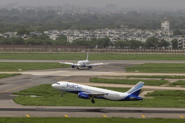 印度廉航「靛藍航空」(IndiGo)將在飛機上設立一個「靜音區」,在這個靜音區中,禁止所有12歲以下的小孩乘坐。(彭博)