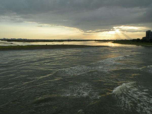 有媒體報導指出,中研院史語所研究員劉益昌表示,台南台江國家公園近年來發現,園內水域下有8艘荷蘭時期的沉船。(圖截自維基百科)