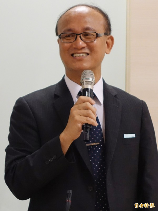 教育部次長林騰蛟認為,教師退休年齡應該比照公務員。(資料照,記者張嘉明攝)