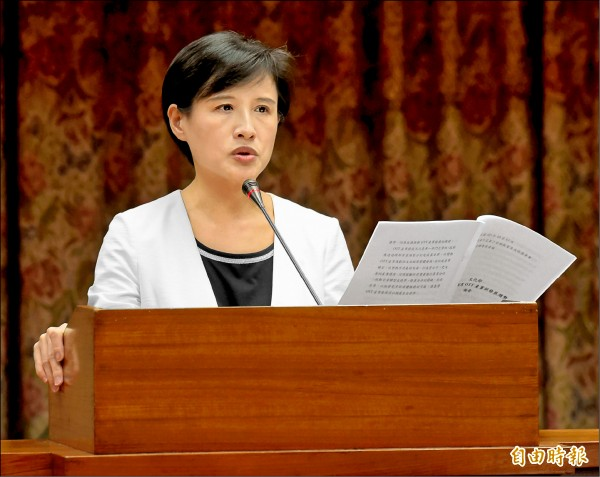 立法院教育及文化委員會13日邀請文化部長鄭麗君列席報告備詢。(記者黃耀徵攝)