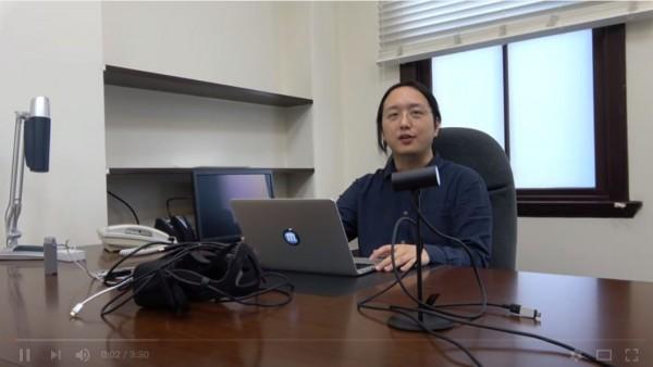 「遠距上班」遭網友質疑,行政院政務委員唐鳳親上火線說明。(圖擷自影片)