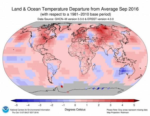 已經連續16個月全球平均氣溫都創新高,這個紀錄終於在9月中止。(圖片來源NOAA/NCEI)