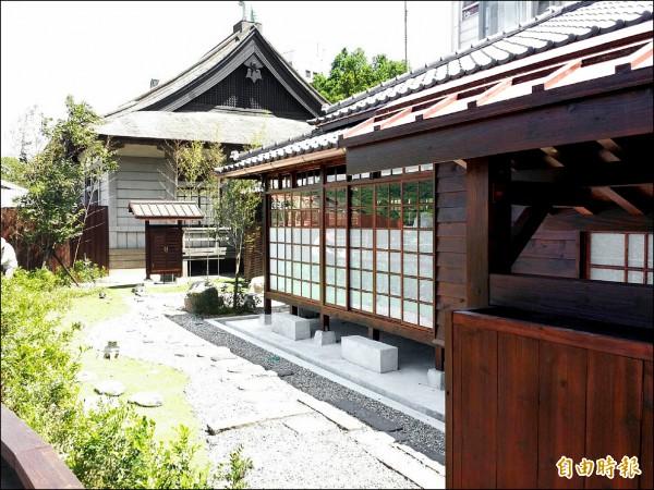 大溪日治時代的警察宿舍,經整修為木博館的公用館─「四連棟」。(記者李容萍攝)