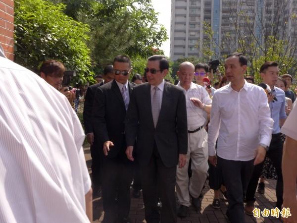 馬英九表示,台灣主權在歷史條約中明定得相當清楚,外界不需要再爭論。(記者李雅雯攝)