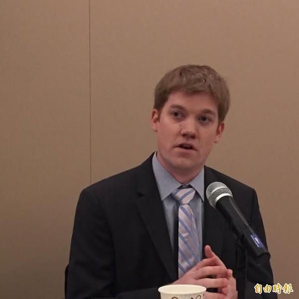 美國網路安全專家艾達爾今天揭露中國駭客透過台灣伺服器攻擊美台商會。(記者曹郁芬攝)