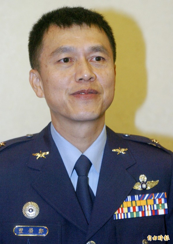 國防部今晚間證實,空軍司令部政戰主任將由現任副參謀長鄭榮豐(見圖)少將接任。(資料照,記者王敏為攝)