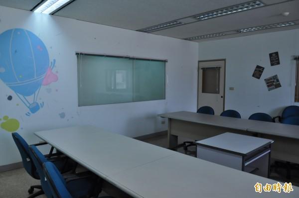 文青基地改造自嘉義市工策會閒置辦公室。(記者王善嬿攝)