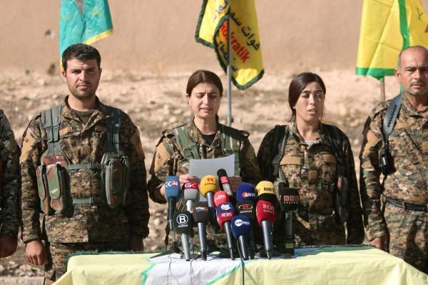 敘利亞反政府軍今日宣告,他們將在美國支援空襲的情況下,發起名為「幼發拉底河憤怒」的作戰行動,宣告將在數小時內奪回ISIS首都拉卡(Raqqa)。(路透)
