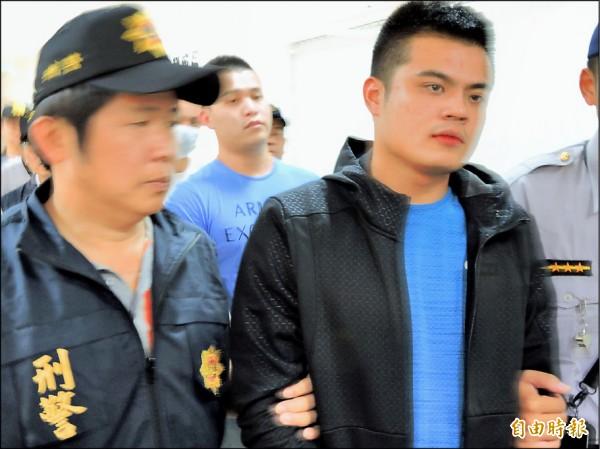 張琮勛誤認是仇家,呼叫7名朋友,把陳男手臂擊傷後逃逸。(記者張瑞楨攝)