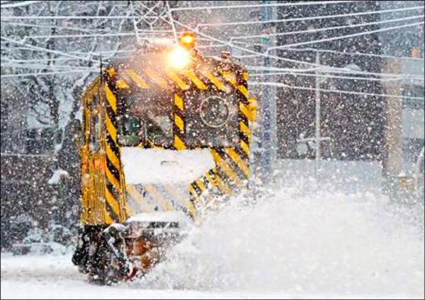 札幌11月大雪 21年首見。(取自網路)