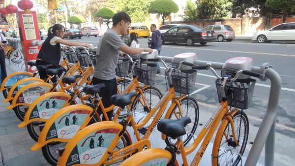 屏東市公共自行車pbike30站全數啟用(資料照,記者羅欣貞攝)