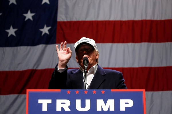 美國共和黨總統參選人川普主張貿易保護主義。(路透)