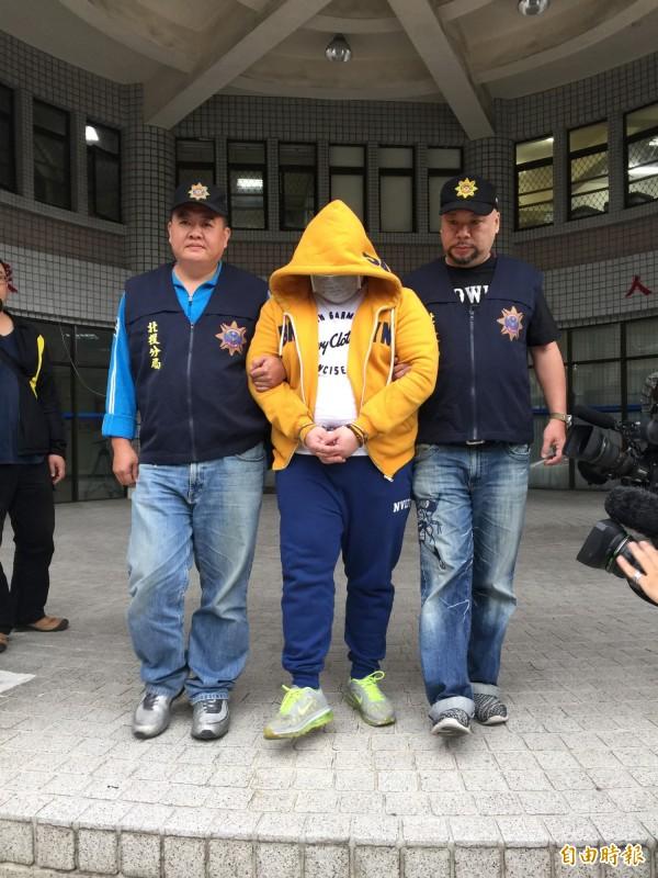 31歲的毒品及詐欺通緝犯林藝澄,涉嫌加入詐騙集團在台擔任車手盜領,北投警方循線逮獲。(記者陳恩惠攝)
