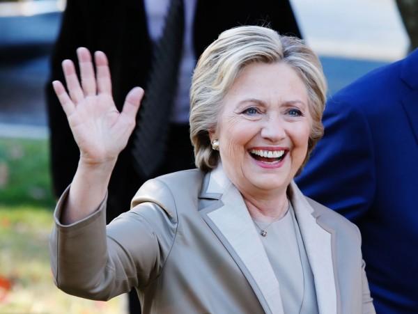 位於西太平洋的美國領地關島完成投票,希拉蕊獲得71.63%的選票大勝,但因為關島沒有選舉人團,因此對大選勝負沒有實質影響力。(法新社)