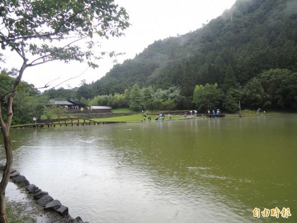 棲蘭,明池森林遊樂區,由力麗明池公司取得10年經營權,圖為北橫公路上的明池。(記者江志雄攝)